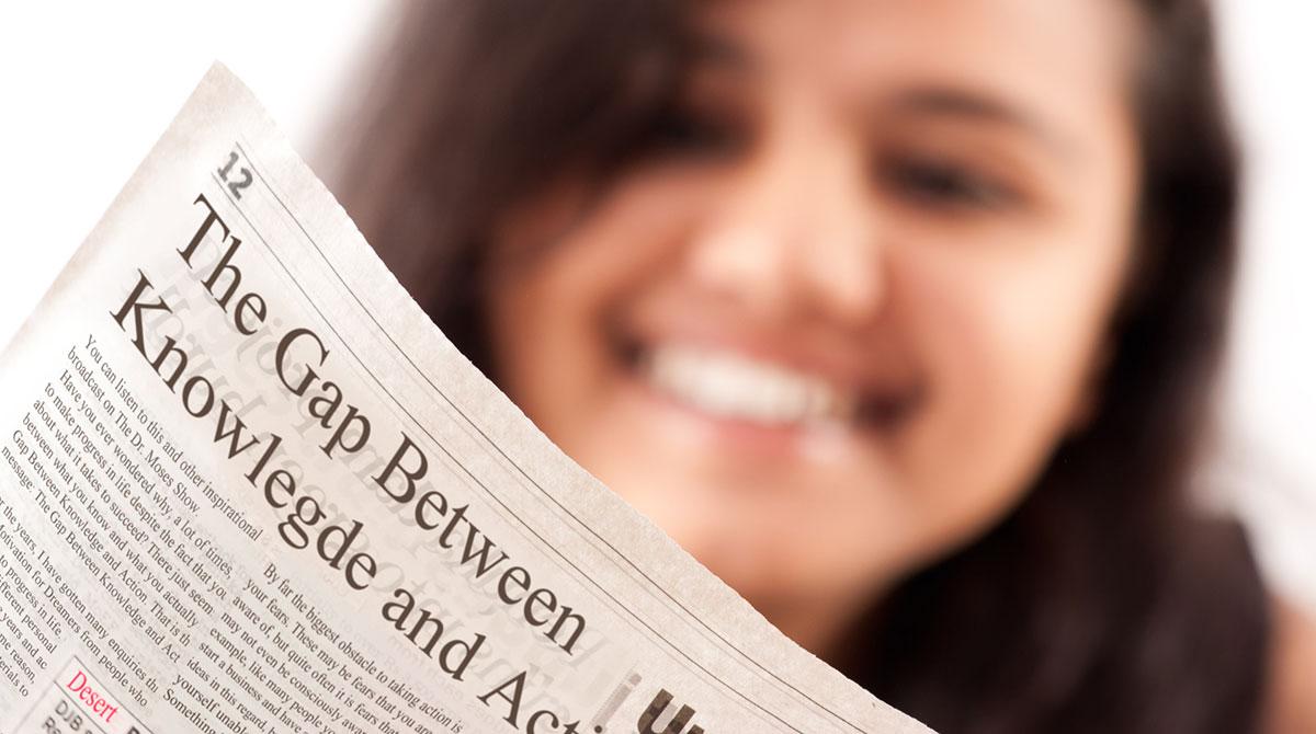Suivre l'actualité, un bon moyen pour apprendre l'anglais ! Fotolia / Prashant ZI