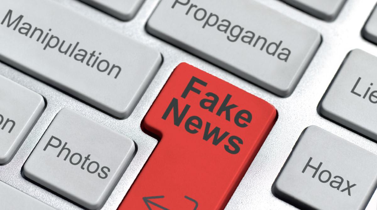"""""""Comment résister aux fake news ?"""", Okapi, 1er octobre 2017 - Texte : Jordan Pouille."""