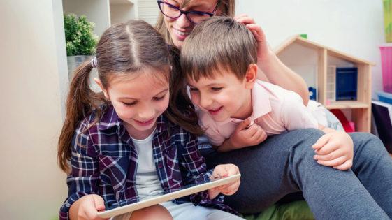 Des contenus numériques de qualité adaptés à l'âge des enfants