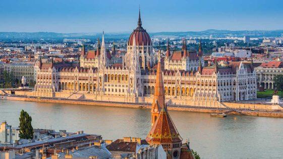 <span class='date_loisirs'>Séjour ados en juillet et août 2020 </span> Rayonne en Europe !
