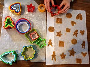 Les enfants aimeront jouer et cuisiner avec leurs parents