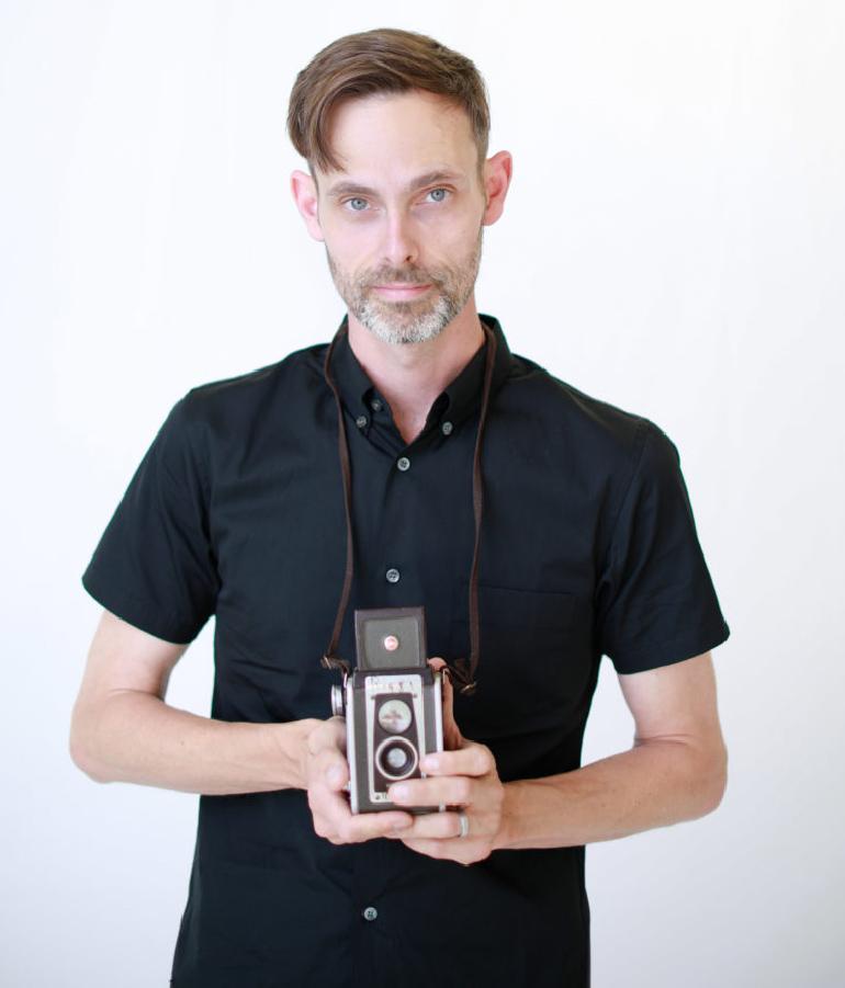 Portrait de Ransom Riggs réalisé à l'occasion des 30 ans de Bayard Éditions Jeunesse
