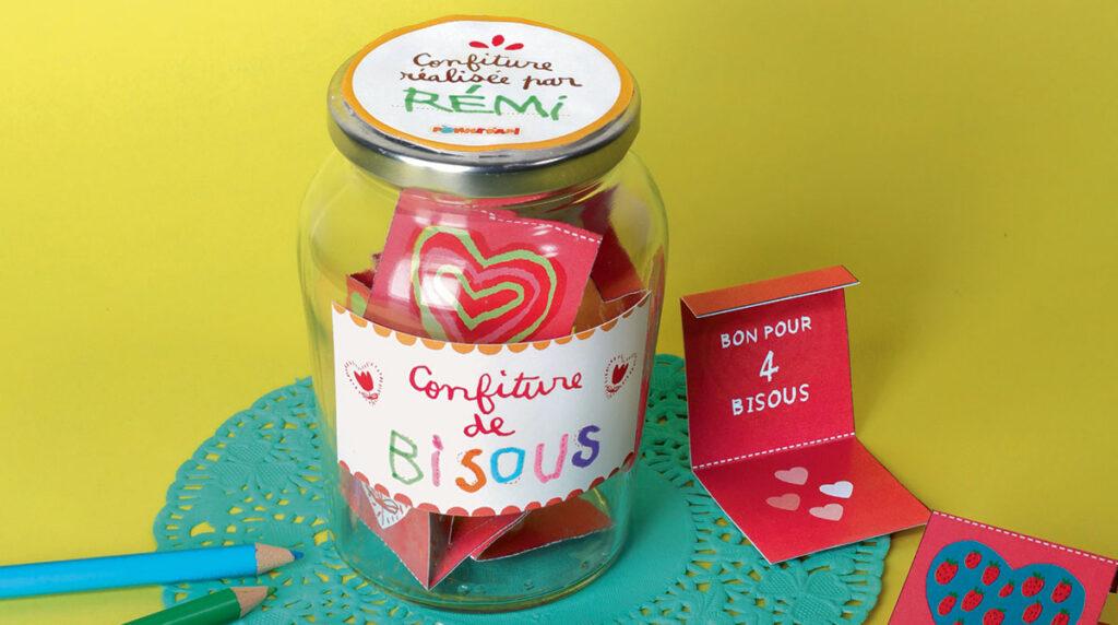 """""""Recette de la confiture de bisous"""", conception : Marie-Pascale Nicolas-Cocagne, illustrations : Anne Weiss, photo : Tabou. Pomme d'Api, juin 2016."""
